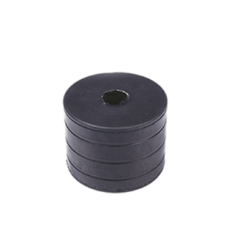 Spinning rear buffer pad for truck trailers